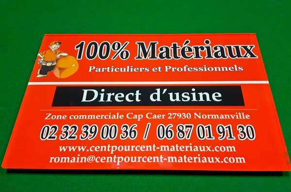 panneau-plexy-attache-100-centpourcent-materieaux-publicite-imprimerie-to-become-evreux-communication